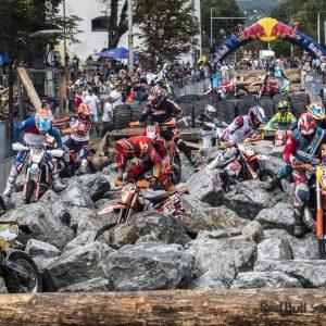 Cazare Red Bull Romaniacs Sibiu – se desfășoară anul acesta în perioada 30 iulie – 3 august, startul și finișul fiind programate în Sibiu